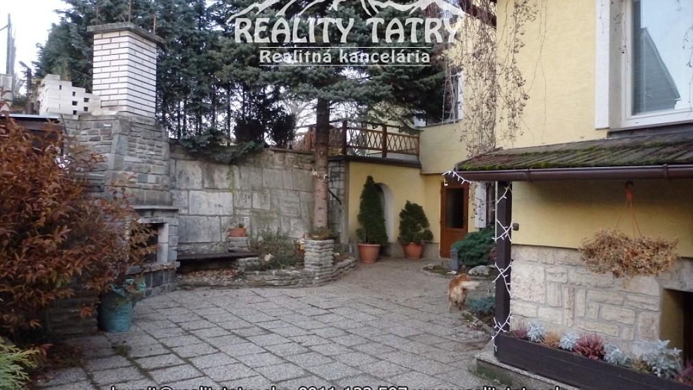 DVA Rodinné domy blízko centra mestskej časti Spišská Sobota - ODPORÚČAME !!!