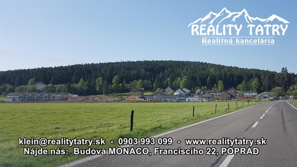 Posledný Stavebný pozemok 710 m2 v Lokalite KVETNICA - POPRAD, všetky IS na pozemku možnosť okamžitej výstavby - ODPORÚČAME !!!