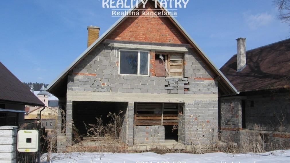 Rozostavaný rodinný dom pod Vysokými Tatrami - Stráne pod Tatrami