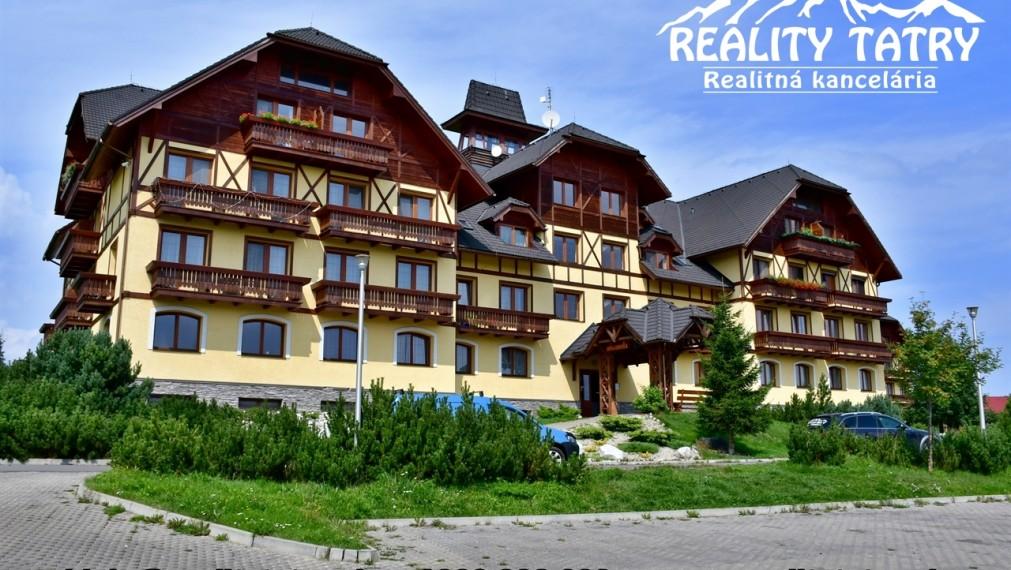 Exkluzívny Apartmán s balkónom 74 m2 vo Veľkej Lomnici - TOP VÝHĽAD a STAV - ODPORÚČAME !!!