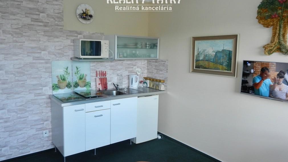Apartmán 1 izbový 27 m2 v Tatranskej Štrbe, TOP STAV - VÝHODNÁ CENA - ODPORÚČAME !!!
