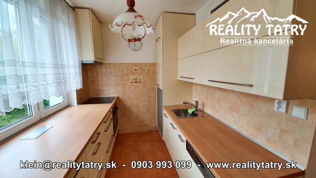 Byt 3 izbový s balkónom pri centre v Poprade - Výborná lokalita - ODPORÚČAME !!!