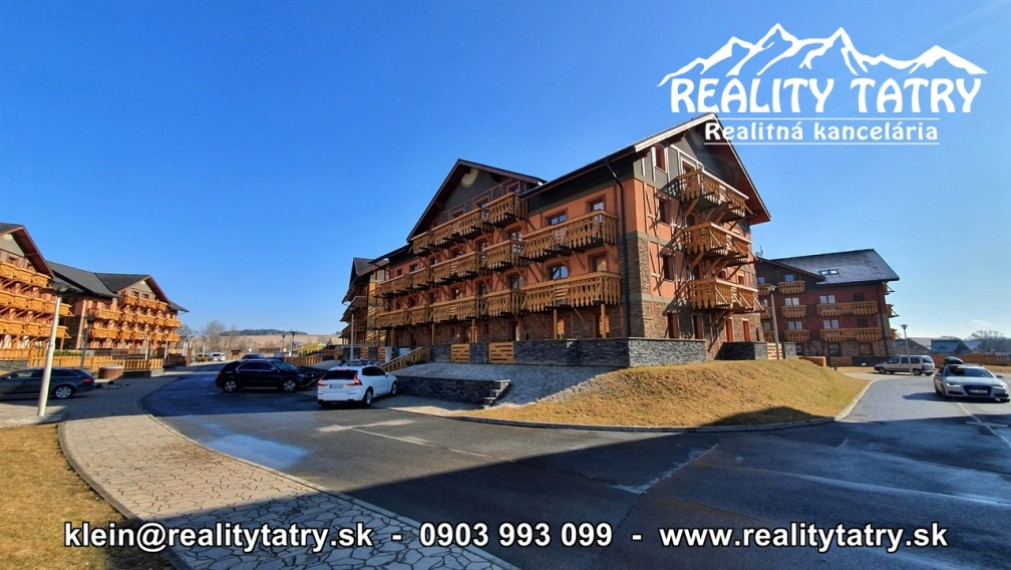 Byt 3 izbový s 2 balkónmi a parkovacím státím vo Veľkej Lomnici - ODPORÚČAME !!!